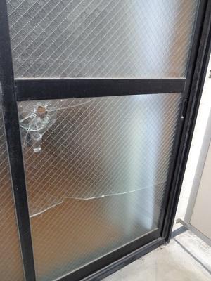 ガラスの交換